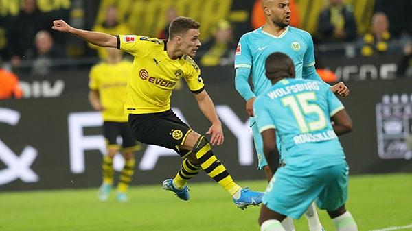 القنوات الناقلة لمباراة فولفسبورج ضد دورتموند اليوم الجولة 27 من الدوري الألماني